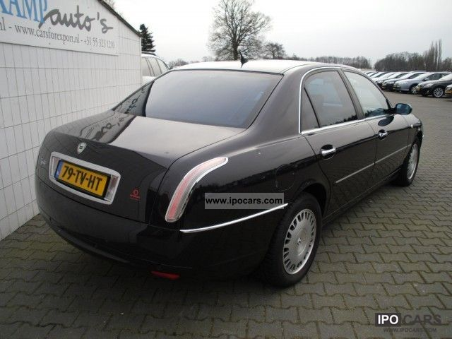 lancia thesis 2.4 20v emblema The lancia thesis (type 841) is an executive car produced by italian automaker lancia between 2001 and 2009 it was available with naturally aspirated and turbocharged engines ranging between 20 and 32 litres, in both straight-5 or v6 configurations.