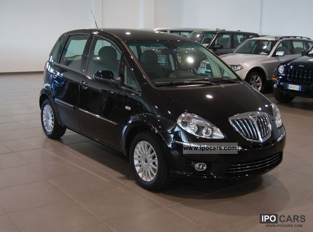 2012 lancia musa 1 4 16v diva car photo and specs - Lancia y allestimento diva ...