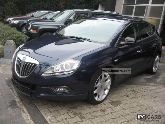 2009 lancia delta 1 4 t jet 16v platino navigation car photo and specs. Black Bedroom Furniture Sets. Home Design Ideas