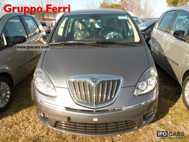 2011 lancia musa diva 1 4 s s grigioscuro p consegna car photo and specs - Lancia musa diva ...
