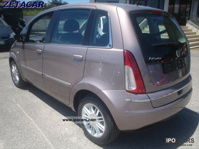 2011 lancia musa 1 4 ecochic gpl nuove da diva immatricolare car photo and specs - Lancia y diva 2011 ...