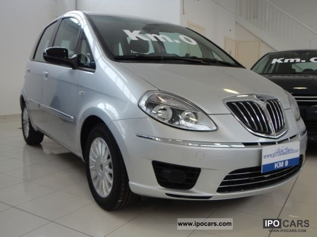 2011 lancia musa diva car photo and specs lancia y diva 2011 - Lancia y diva 2010 ...