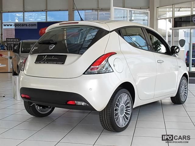2012 lancia ypsilon platinum 0 9 multiair new model car photo and specs. Black Bedroom Furniture Sets. Home Design Ideas