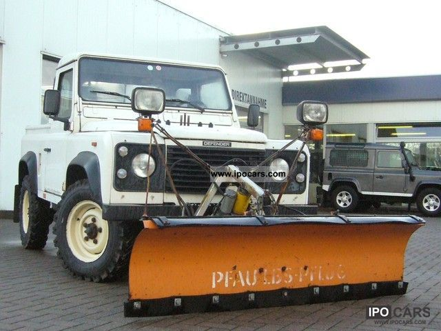 1994 Land Rover  Defender 90 Tdi * SNOW PLOW * WINTER SERVICE * Off-road Vehicle/Pickup Truck Used vehicle photo