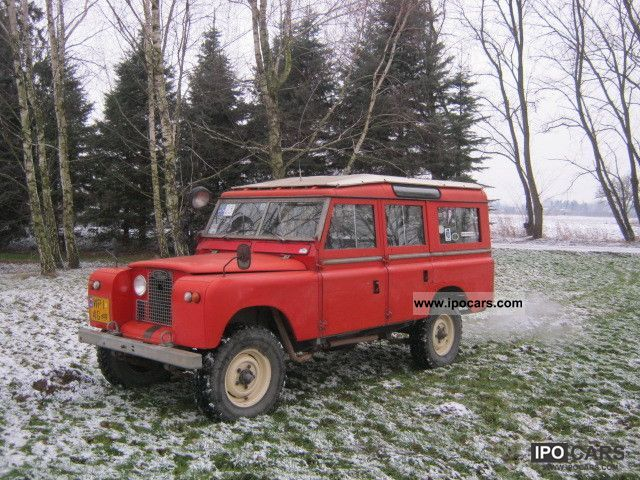 Land Rover  IIA 109 Station Wagon 2.6 l 1968 Vintage, Classic and Old Cars photo