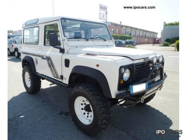 2011 Land Rover  Defender 2.5 TDi 300 1994 Off-road Vehicle/Pickup Truck New vehicle photo