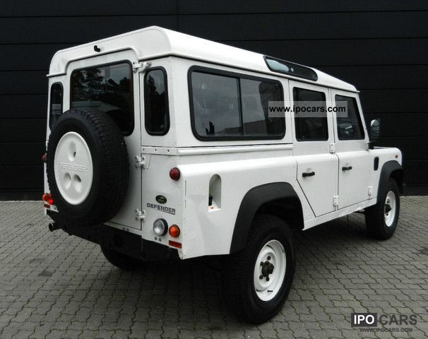 Land Rover 8 Seater 2008 Defender 110 Station Wagon E 7 Air