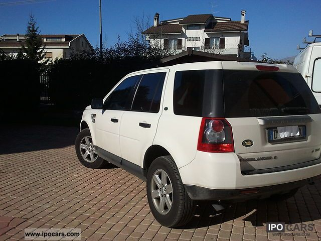 2009 land rover freelander 2 car photo and specs. Black Bedroom Furniture Sets. Home Design Ideas