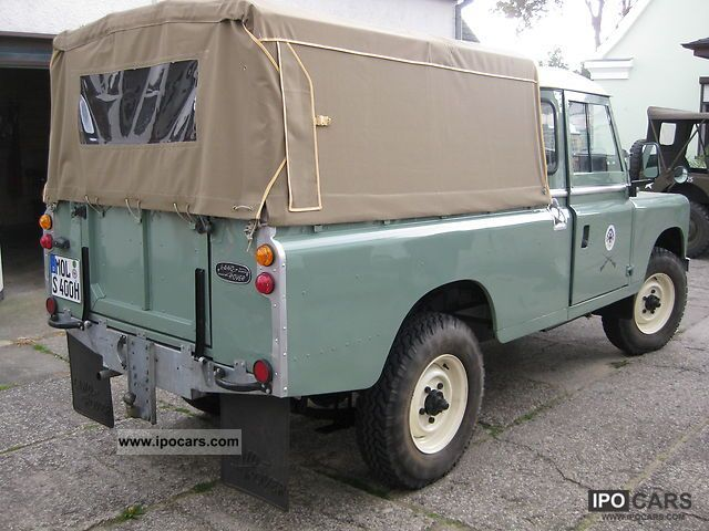 Land Rover  Leyland Defender 2 1970 Vintage, Classic and Old Cars photo