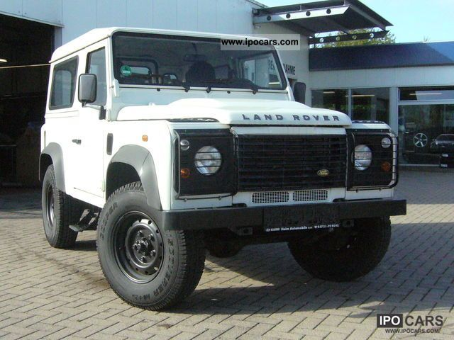 2007 Land Rover  Defender 90 Td4 S * STANDHEIZ. Size 235 * EURO * 4 * Off-road Vehicle/Pickup Truck Used vehicle photo