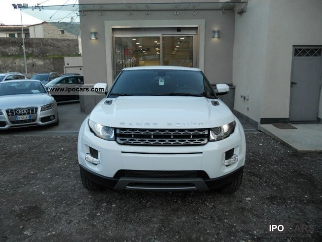 2011 Land Rover  Range Rover 2.2 TD4 Evoque Pure 150 CV Sports car/Coupe New vehicle photo