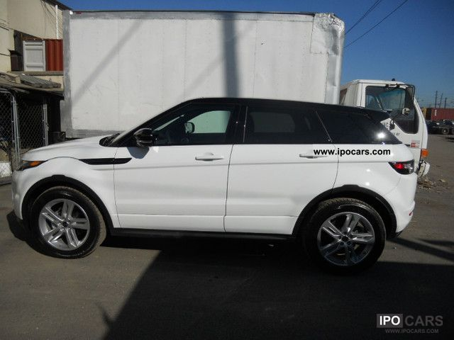 2011 Land Rover  Evoque AWD - SRE5. Dynamic Premium Off-road Vehicle/Pickup Truck New vehicle photo