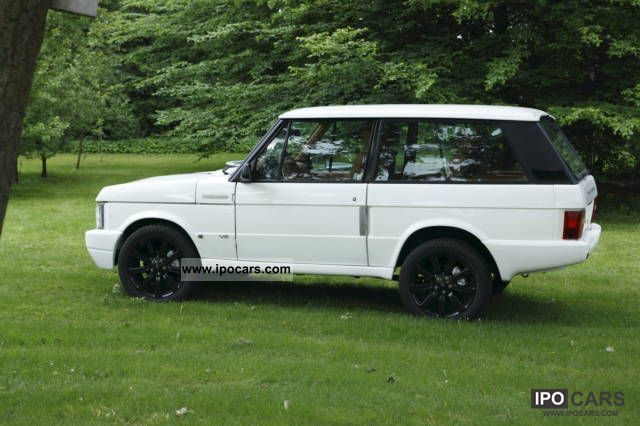 1993 Land Rover  Range Rover Classic 2 door 4.6 V8 Euro III Off-road Vehicle/Pickup Truck Demonstration Vehicle photo