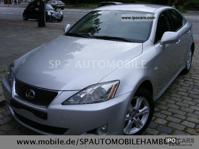 2007 Lexus  IS 220d * 1.Hand * checkbook * KeylessGo * AHK * 6Gang Limousine Used vehicle photo