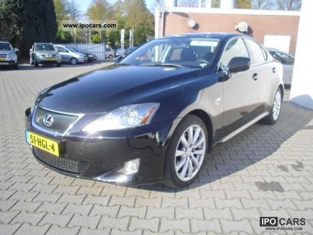2008 lexus is 250 business automaat6 153kw car photo and specs. Black Bedroom Furniture Sets. Home Design Ideas
