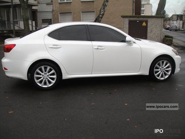 2009 lexus is 220 dpf d leather alu pdc car photo and specs. Black Bedroom Furniture Sets. Home Design Ideas