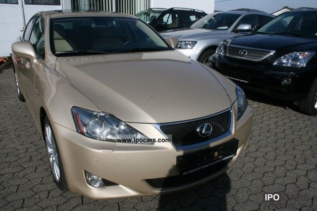 2007 Lexus IS 250 Luxury Line NAVI LEATHER CAMERA MOVE. Limousine