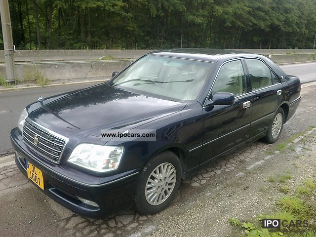 2003 Lexus  Crown mild hybrid Limousine Used vehicle photo