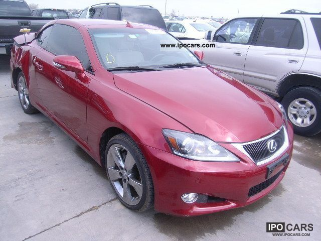 2011 lexus is 250 car photo and specs. Black Bedroom Furniture Sets. Home Design Ideas