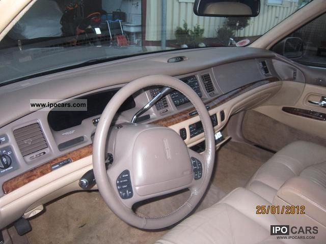 1997 Lincoln Town Car Car Photo And Specs