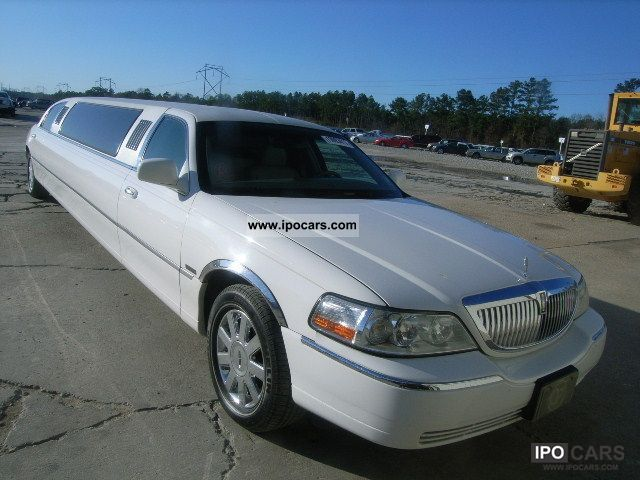 2006 Lincoln  TOWN CAR Limousine Used vehicle (business photo