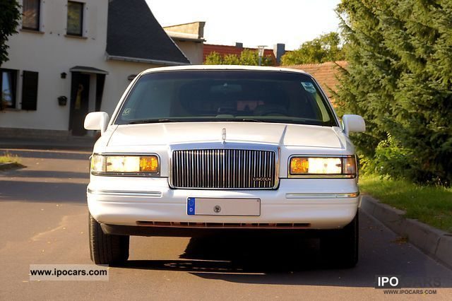 1998 Lincoln  * Super stretch limo 120inch * Stretch * 8 Seats * Other Used vehicle photo