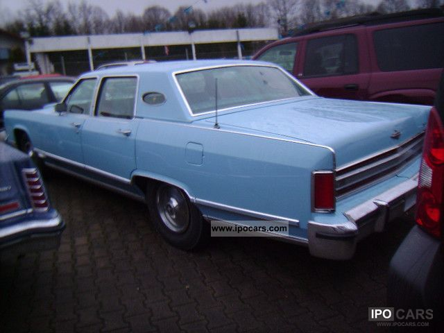 Lincoln  Town Car 1979 Vintage, Classic and Old Cars photo