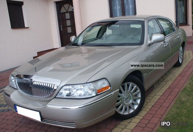 Lincoln  Town Car 2004 Liquefied Petroleum Gas Cars (LPG, GPL, propane) photo