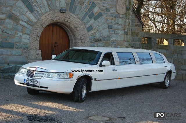 1998 Lincoln  120 inch stretch limousine Limousine Used vehicle photo