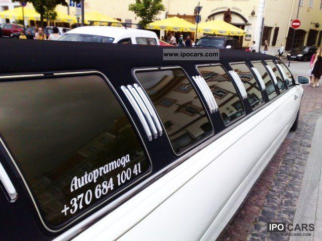 1999 Lincoln  14p 180 \ Limousine Used vehicle photo