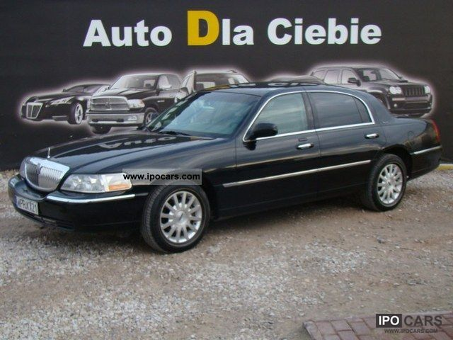 2007 Lincoln  Town Car SIGNATURE, czysty CARFAX, SERWISOWANY Limousine Used vehicle photo