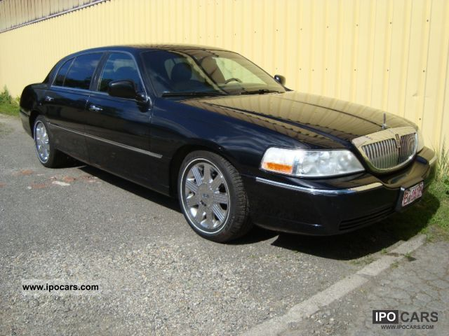 2004 Lincoln  6 \ Limousine Used vehicle photo