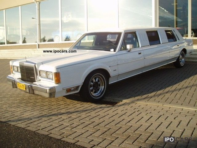 1989 Lincoln  Town Car 5.0 V8 SALOON Limousine Used vehicle photo