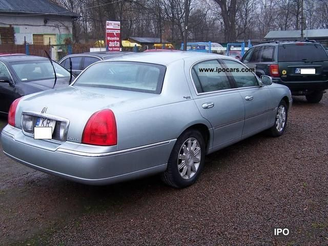 2007 Lincoln Town Car Signature Limited Ideal Car Photo And Specs