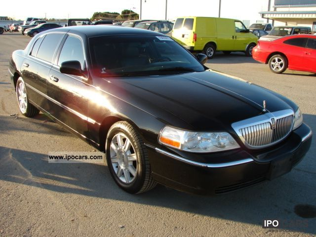 2007 Lincoln  TOWN CAR Limousine Used vehicle (business photo
