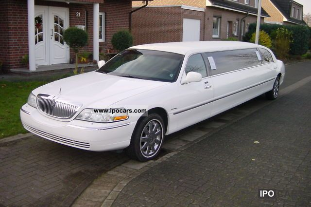 2003 Lincoln  120 \ Limousine Used vehicle photo