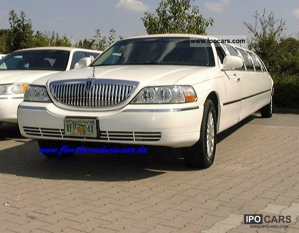 2005 Lincoln  Stretch Limousine 160inch Limousine Used vehicle photo