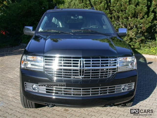 2011 Lincoln  NAVIGATOR = 2012 = NAVI / DVD (T1 exports -25.9%) Off-road Vehicle/Pickup Truck New vehicle photo