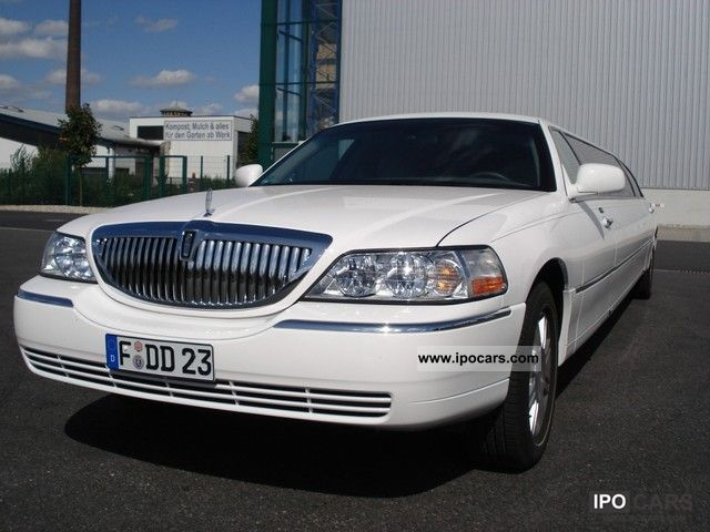 2009 Lincoln  Town Car Stretch Limousine white ECB Other Used vehicle photo