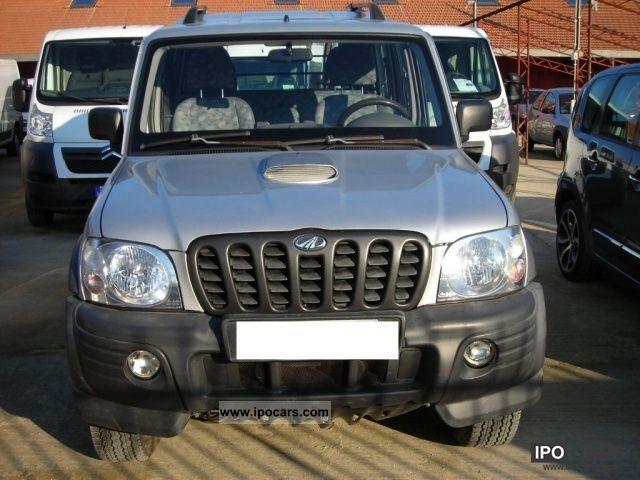 2007 Mahindra  Goa 2.6 TDI 4x4 autocarro Off-road Vehicle/Pickup Truck Used vehicle photo