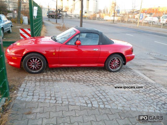 1993 mazda mx 5 car photo and specs. Black Bedroom Furniture Sets. Home Design Ideas