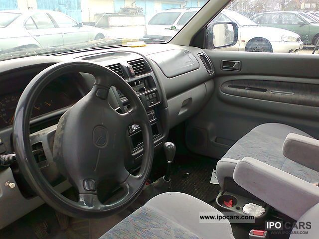 1998 Mazda MPV 2.5 TD - Car Photo and Specs