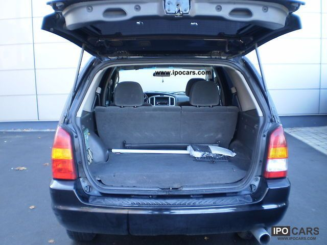 2003 mazda tribute 4x4 comfort car photo and specs. Black Bedroom Furniture Sets. Home Design Ideas