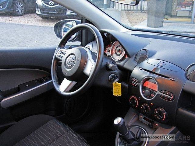 2010 mazda 2 sport 1.3l independence air alu nsw - car photo and specs