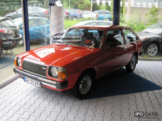 Mazda  323 FA 4 / original condition! 1978 Vintage, Classic and Old Cars photo