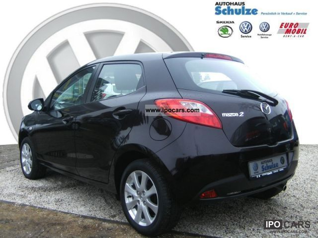 2009 mazda 2 independence car photo and specs. Black Bedroom Furniture Sets. Home Design Ideas