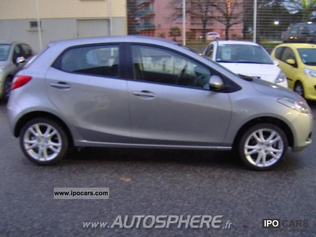 2010 mazda 2 1 5 mzr performance 5p car photo and specs. Black Bedroom Furniture Sets. Home Design Ideas