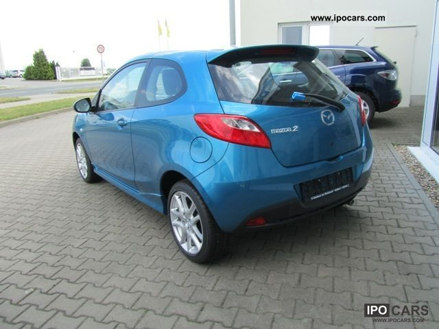 2011 mazda 2 1 5 sport line fully equipped car photo. Black Bedroom Furniture Sets. Home Design Ideas
