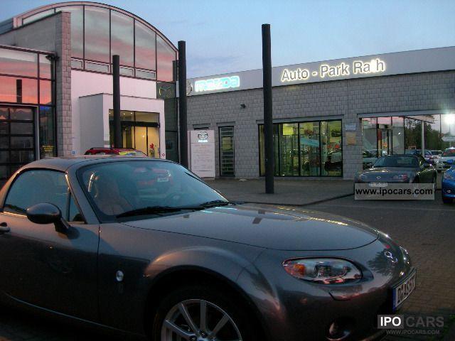 2011 Mazda 2 3 Door 1 5l Sport Line Car Photo And Specs