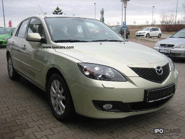 2009 mazda 3 car photo and specs. Black Bedroom Furniture Sets. Home Design Ideas